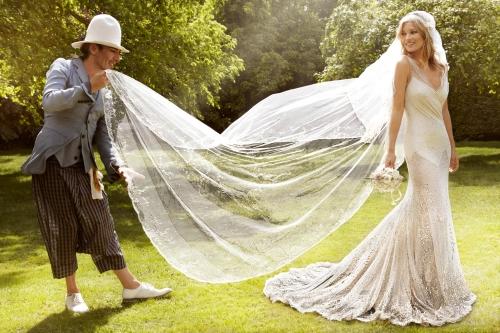 Kate Moss by Mario Testino (Kiss Me Kate - Vogue US September 2011) 8