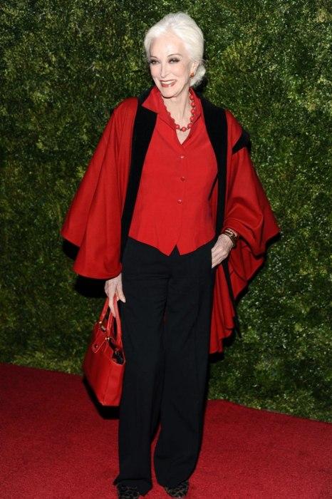 Carmen Dell'Orefice modelo 82 anos